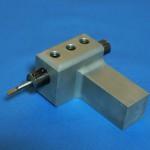 旋盤内径加工工具縦付け微細加工用ホルダー
